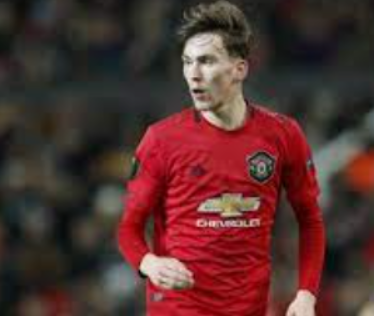 Manchester United signed Garner to renew contracts